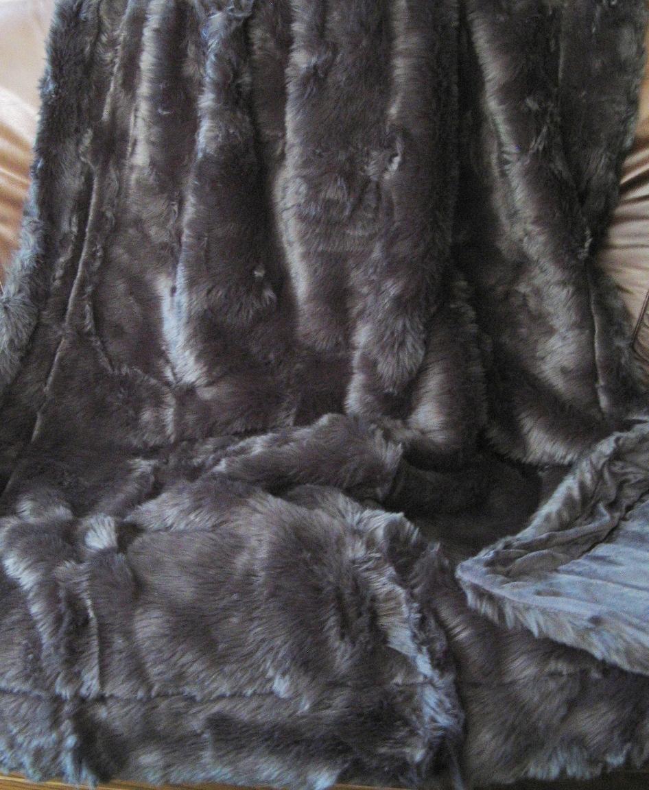 webpelz felldecke faux fur kuscheldecke wohndecke decke plaid fake fur grau neu. Black Bedroom Furniture Sets. Home Design Ideas